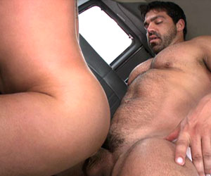 Some serious dick drilling going on