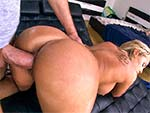 bigtitcreampie: Fat pussy gets a cream pie