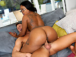 brownbunnies: Big ass black girl