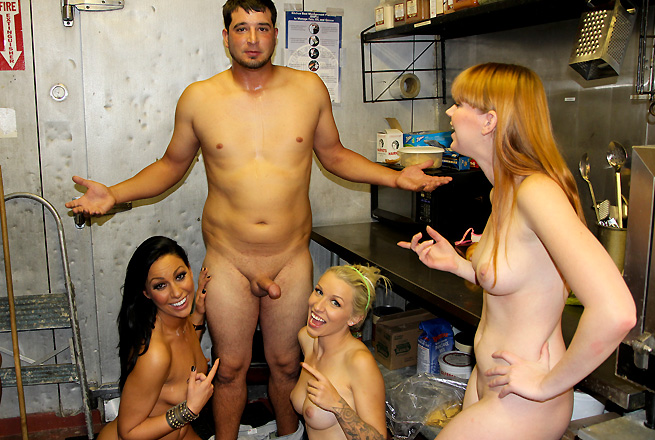 Tiffany Brookes, Stevie Shae, Marie McCray group sex video from Fuck Team Five