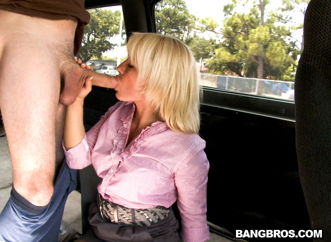 Bang bus businesswoman