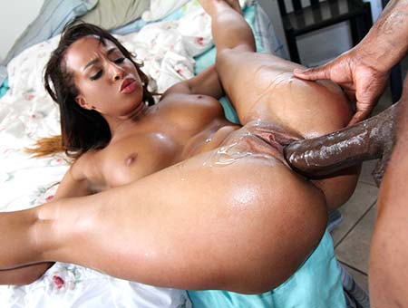 Aaliyah love inserts bbc in her tight pussy 9