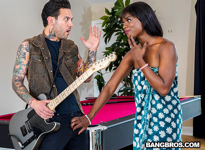 [BrownBunnies.com / BangBros.com] Ana Foxxx - Taking it From Stepbro (bkb17103 / 24.05.2019) [2019г., Ebony, Blowjob, Brunette, Hardcore, Cumshot, Hairy, 720p]