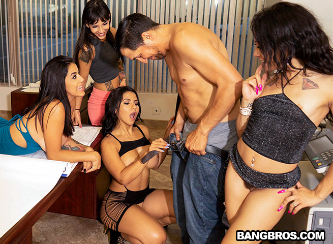 Huge Office Orgy (BangBros)